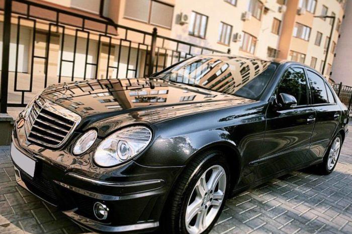 E Class W211 black